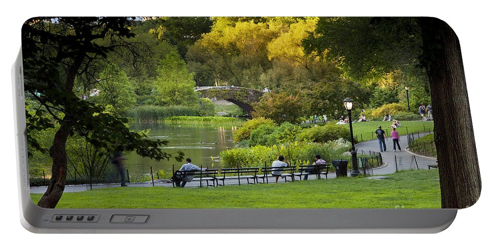 Central Portable Battery Charger featuring the photograph Evening In Central Park by Brian Jannsen