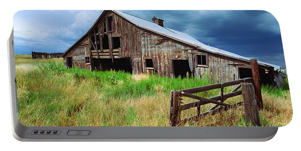 Barns Portable Battery Charger featuring the photograph Exit 166 Barn by Robert VanDerWal