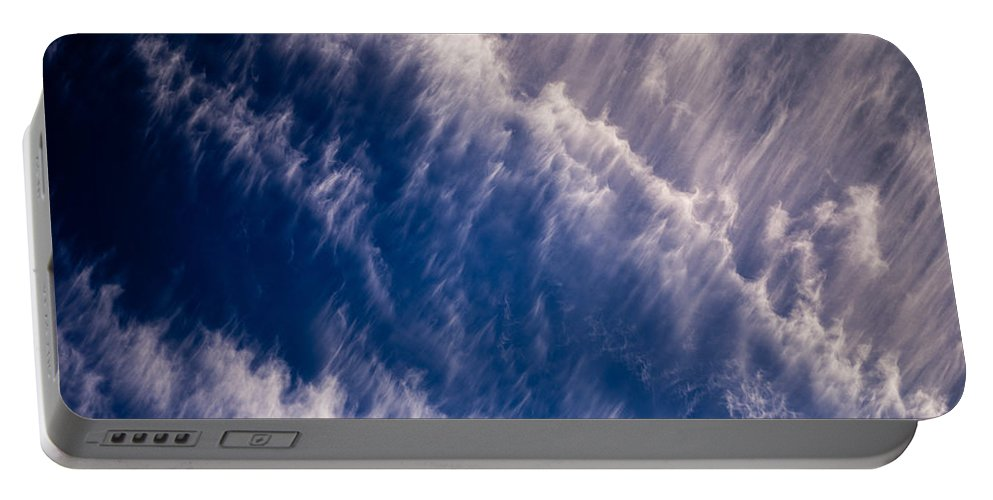 Atmosphere Portable Battery Charger featuring the photograph Fall Streak Clouds 5 by Tracy Knauer