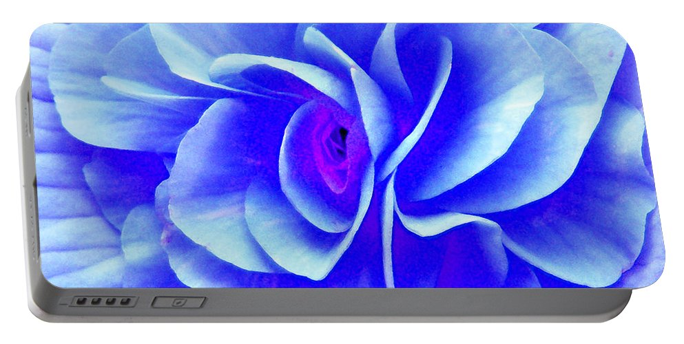Duane Mccullough Portable Battery Charger featuring the photograph Fantasy Flower 10 by Duane McCullough
