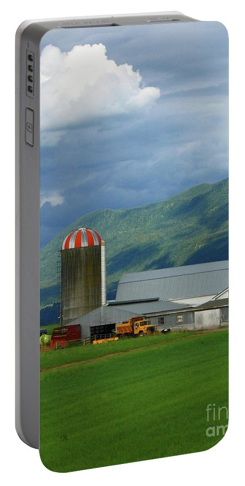 Farm Portable Battery Charger featuring the photograph Farm In The Valley by Ann Horn