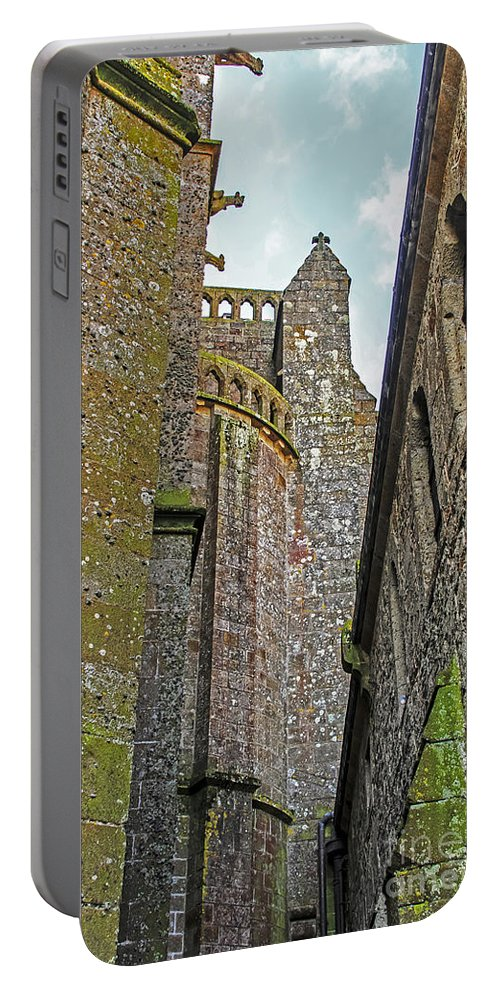 Travel Portable Battery Charger featuring the photograph Feudal Canyon by Elvis Vaughn