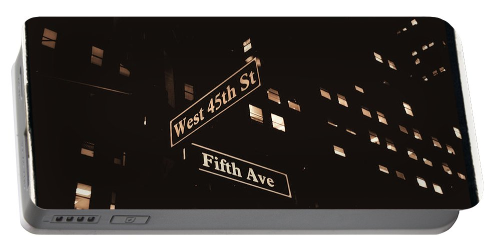 New York Portable Battery Charger featuring the photograph Fifth Avenue by Donna Blackhall