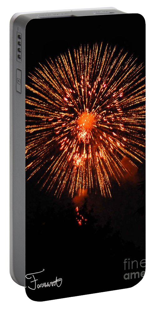 Fireworks Portable Battery Charger featuring the photograph Fireworks 2014 13 by Wesley Farnsworth