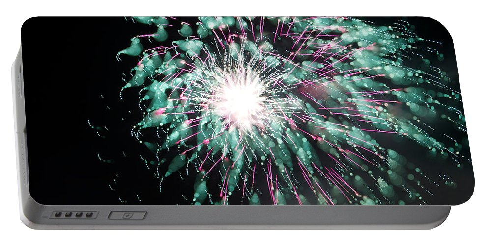Fireworks Portable Battery Charger featuring the photograph Fireworks Splendor by Alice Gipson
