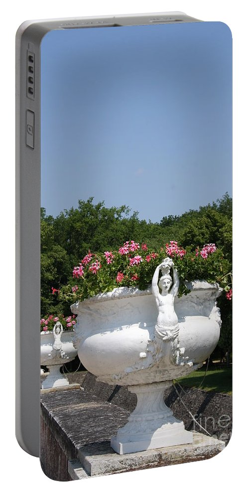 Basin Portable Battery Charger featuring the photograph Flowerpots In A Row - Chateau Chenonceau by Christiane Schulze Art And Photography