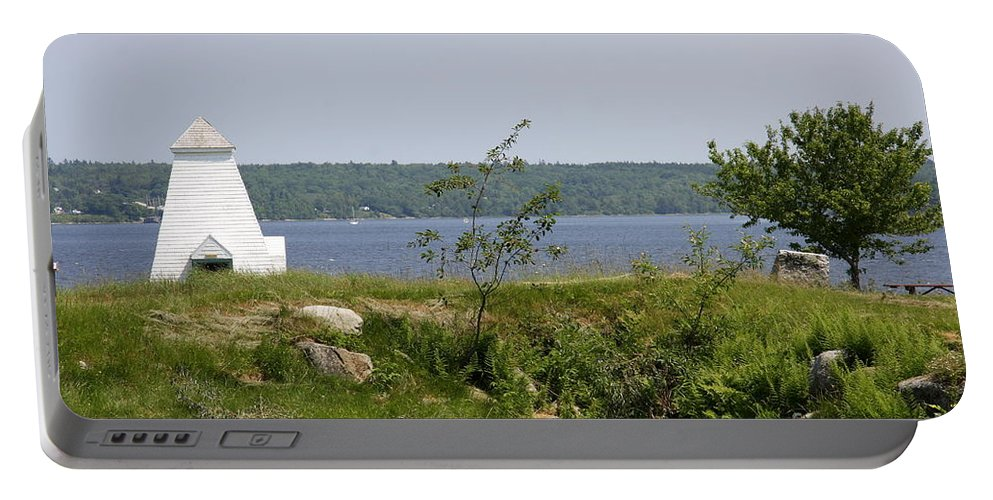 Fort Point State Park Portable Battery Charger featuring the photograph Fort Point State Park - Maine by Christiane Schulze Art And Photography