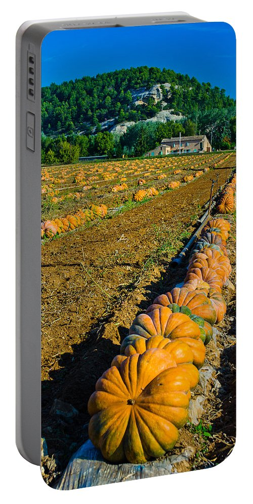 Farm Portable Battery Charger featuring the photograph French Farm Near Lacoste by Jeff Black