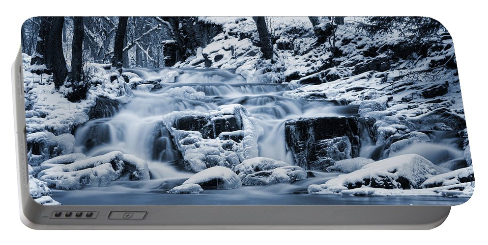 Hdr Portable Battery Charger featuring the pyrography Frozen Waterfall by Steffen Gierok