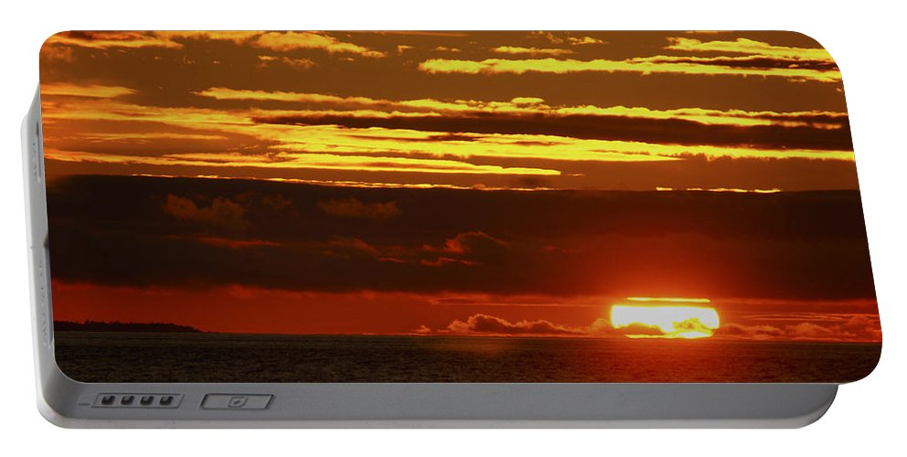 Sunset Portable Battery Charger featuring the photograph Gods Painting by Tayne Hunsaker