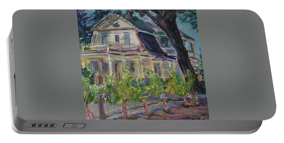 Quin Sweetman Portable Battery Charger featuring the painting Gorge White House by Quin Sweetman