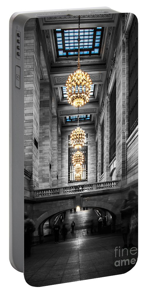 Nyc Portable Battery Charger featuring the photograph Grand Central Station IIi Ck by Hannes Cmarits