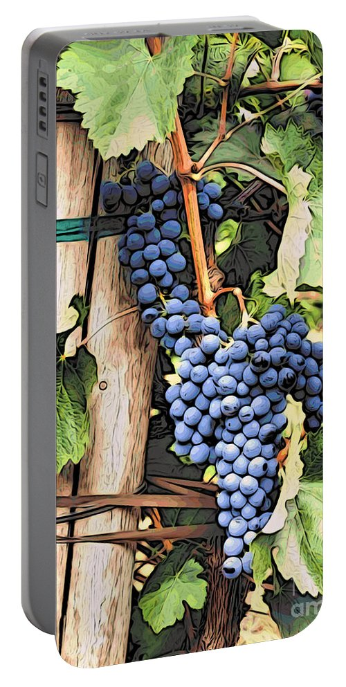 Kitchen Art Portable Battery Charger featuring the photograph Grapes 1 by Jacklyn Duryea Fraizer