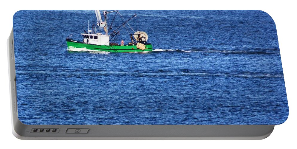 Boat Portable Battery Charger featuring the photograph Green Boat by Chuck Hicks