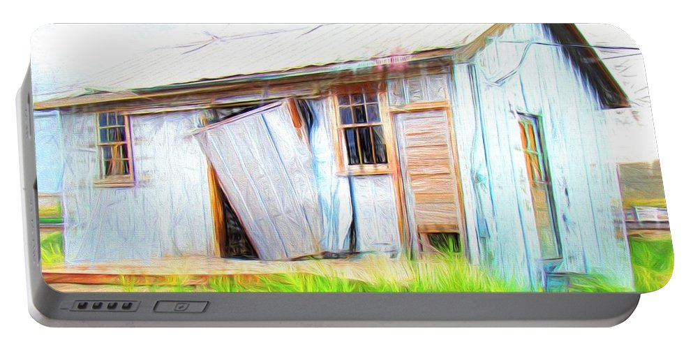 Green River Portable Battery Charger featuring the photograph Green River Shack by Alice Gipson