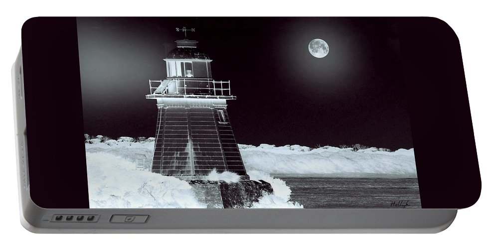 Landscapes Portable Battery Charger featuring the photograph Guiding Lights by Holly Kempe