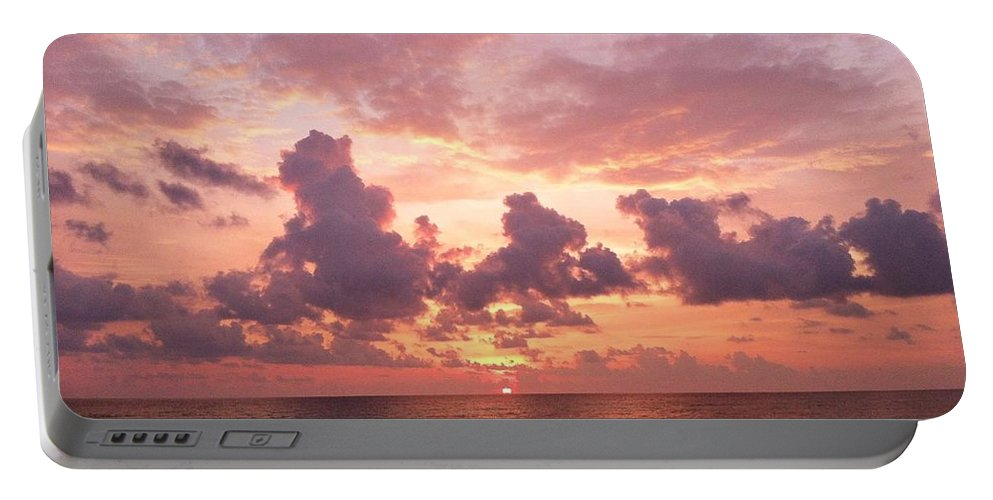 Heaven Portable Battery Charger featuring the photograph Heavens Glow by Melissa Darnell Glowacki