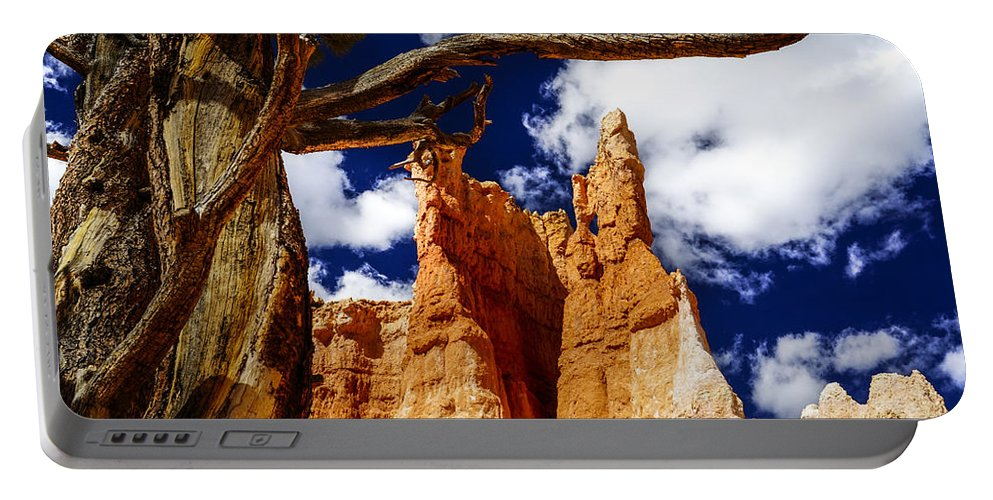 Bryce Canyon Portable Battery Charger featuring the photograph Heavens Rock by Tayne Hunsaker