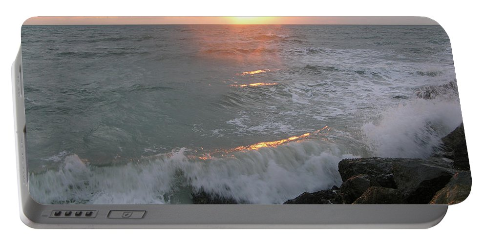 Ocean Portable Battery Charger featuring the photograph Here Comes The Sun by Julianne Felton