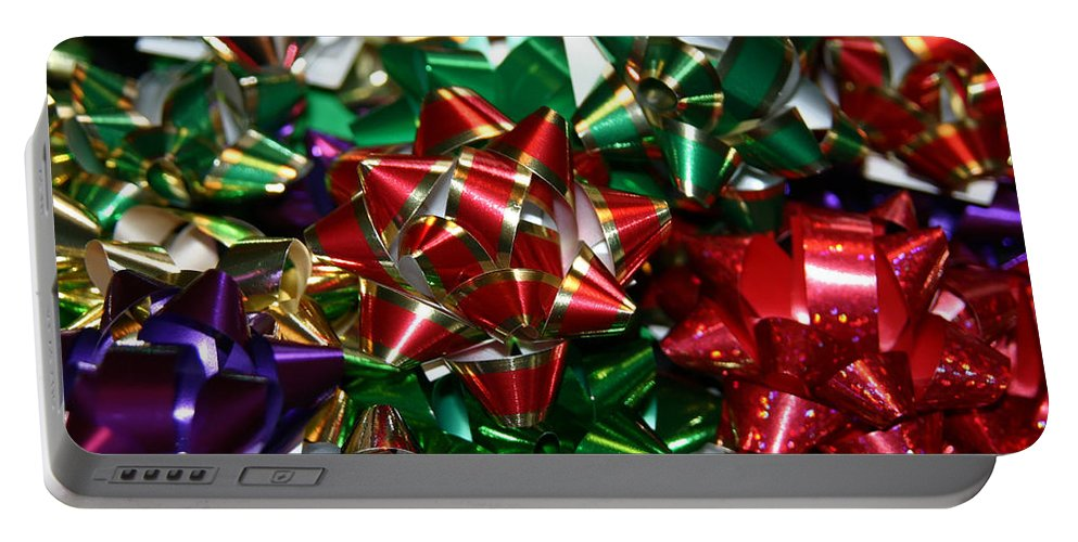 Greeting Cards Portable Battery Charger featuring the photograph Holiday Bows by Denyse Duhaime