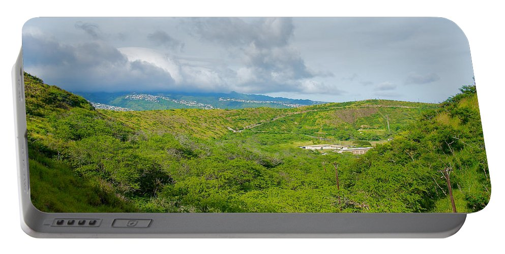 Honolulu Portable Battery Charger featuring the photograph Honolulu Hi 13 by Richard J Cassato