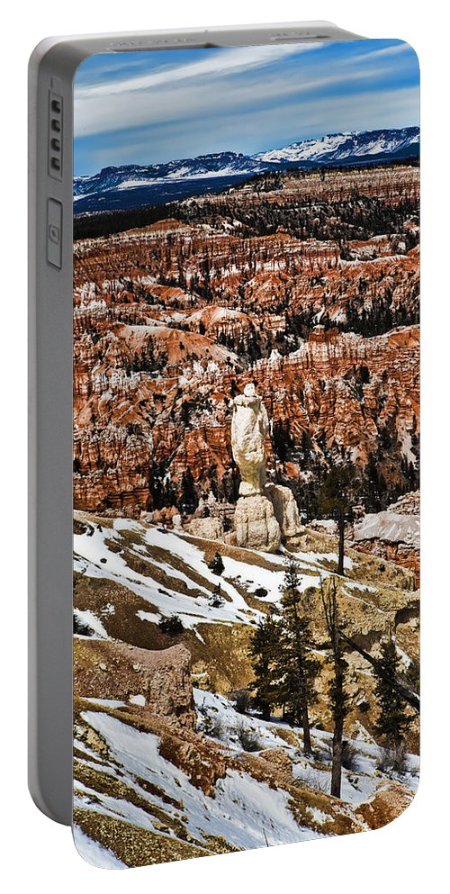 Hoodoo Portable Battery Charger featuring the photograph Hoodoos At Bryce by Evie Carrier