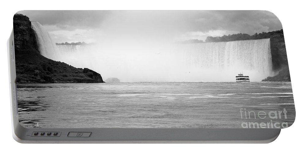 Horseshoe Portable Battery Charger featuring the photograph Horseshoe International Waterfalls by Darleen Stry