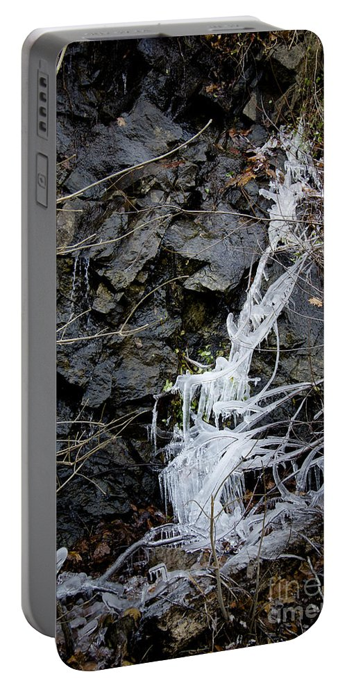 Eagle Rock Portable Battery Charger featuring the photograph Icicles 2 by Teresa Mucha
