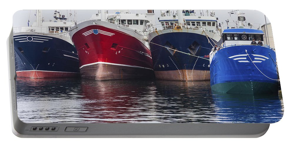Fraserburgh Portable Battery Charger featuring the photograph In A Row by Diane Macdonald