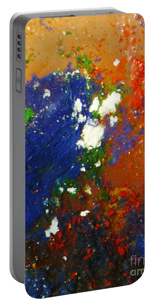 Ice-painting Portable Battery Charger featuring the photograph Irish Brawler by Chris Sotiriadis