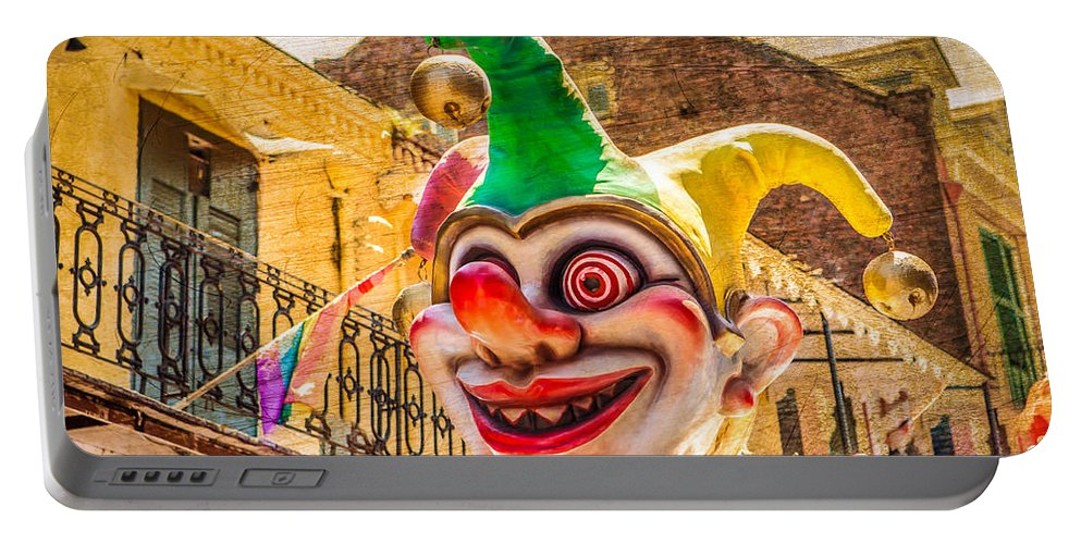Chef Joseph Faroldi Portable Battery Charger featuring the photograph I've Never Liked Clowns by Melinda Ledsome