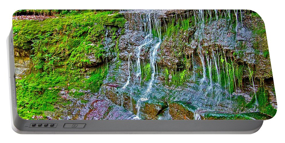 Jackson Falls At Mile 405 Natchez Trace Parkway Portable Battery Charger featuring the photograph Jackson Falls At Mile 405 Natchez Trace Parkway-tennessee by Ruth Hager