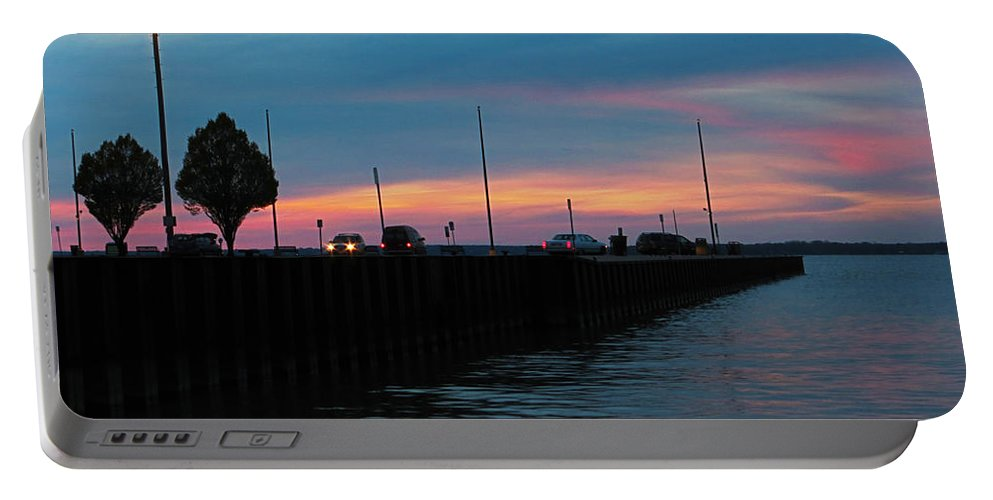 Pier Portable Battery Charger featuring the photograph Jackson Street Pier - Sunset by Shawna Rowe