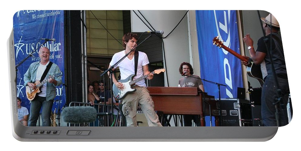 John Mayer Portable Battery Charger featuring the photograph John Mayer And Robbie Mcintosh Taste Of Chicago by Sheryl Chapman Photography