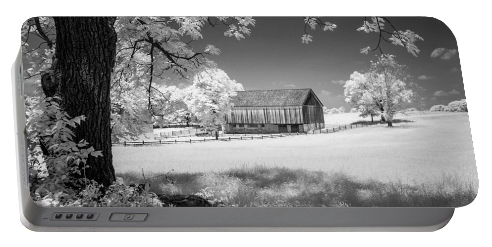 American Civil War Portable Battery Charger featuring the photograph Joseph Poffenberger Farm 8d00232 by Guy Whiteley