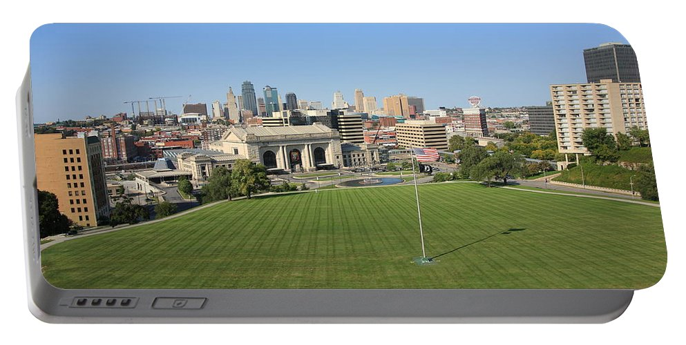 America Portable Battery Charger featuring the photograph Kansas City Skyline And Park by Frank Romeo