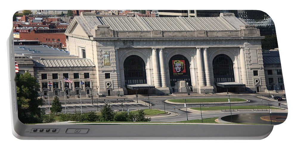 America Portable Battery Charger featuring the photograph Kansas City - Union Station by Frank Romeo