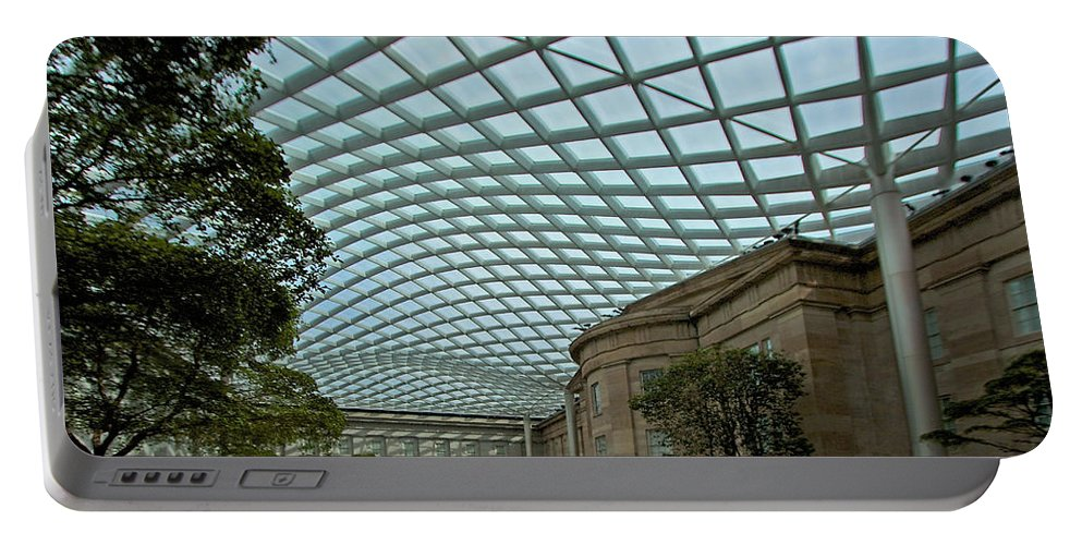 Kogod Portable Battery Charger featuring the photograph Kogod Courtyard #2 by Stuart Litoff