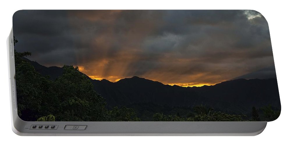Hawaii Portable Battery Charger featuring the photograph Ko'olau Sunset Rays by Dan McManus