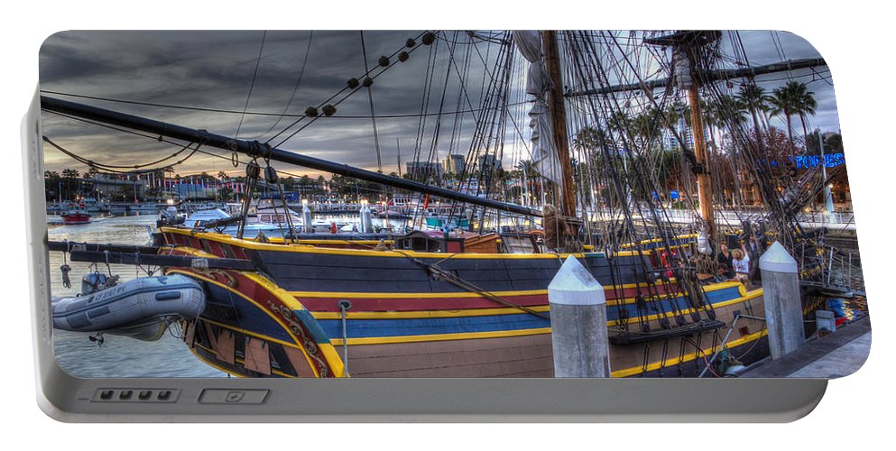 Washington Portable Battery Charger featuring the photograph Lady Washington by Heidi Smith