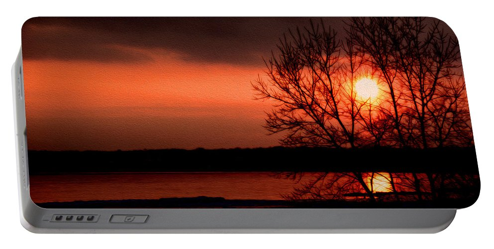 Lake Ontario Portable Battery Charger featuring the photograph Lake Ontario by Tracy Winter