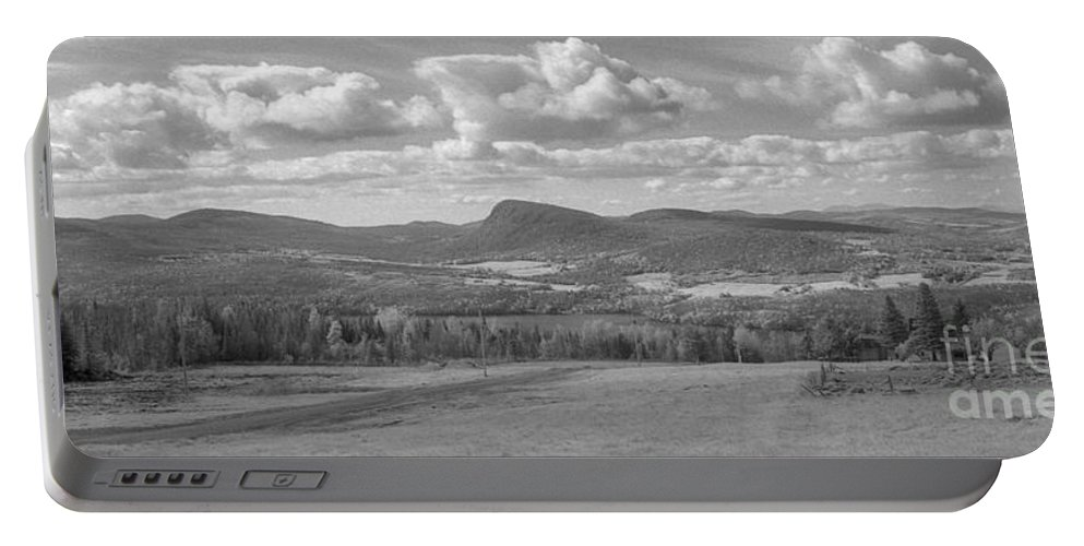 Lake Willoughby Portable Battery Charger featuring the photograph Lake Willoughby Vermont by Richard Rizzo