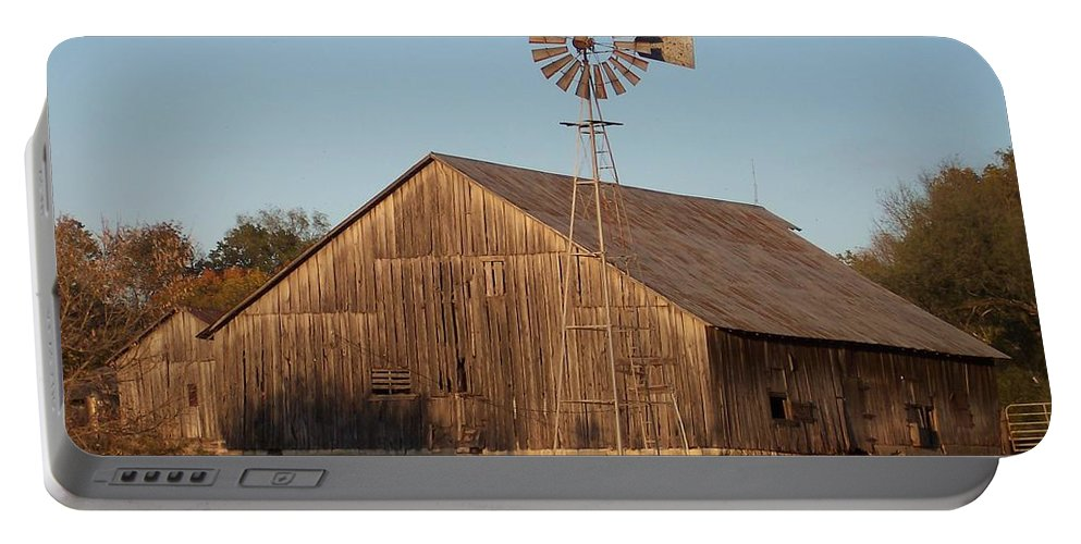 Barn Portable Battery Charger featuring the photograph Laurel Road Barn by Brook Steed