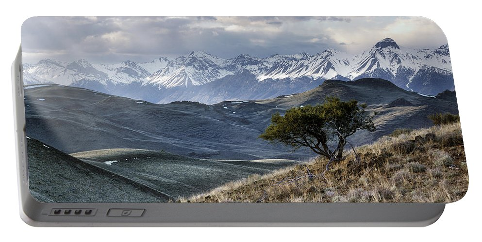 Idaho Scenics Portable Battery Charger featuring the photograph Lemhi Light by Leland D Howard