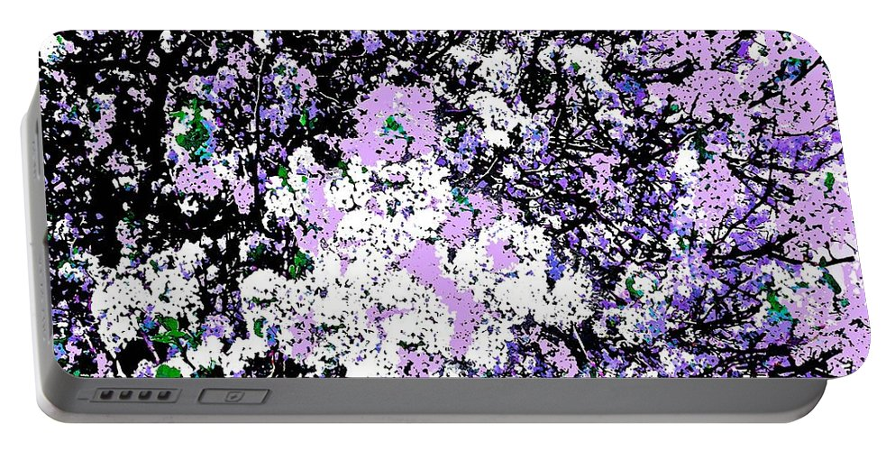 Lilac Crepe Myrtle Bloom Portable Battery Charger featuring the photograph Lilac Crepe Myrtle Bloom by Saundra Myles