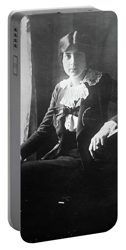 1918 Portable Battery Charger featuring the photograph Lili Boulanger (1893-1918) by Granger