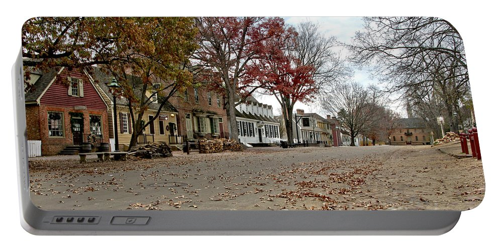 Williamsburg Portable Battery Charger featuring the photograph Lonely Colonial Williamsburg by Olivier Le Queinec