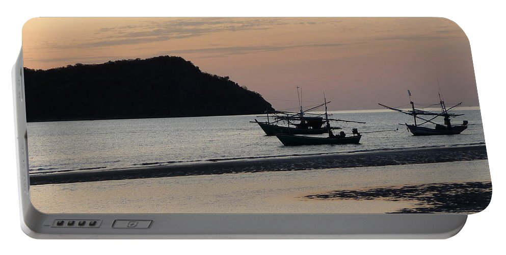 Seascape Portable Battery Charger featuring the photograph Low Tide 02 by Pusita Gibbs