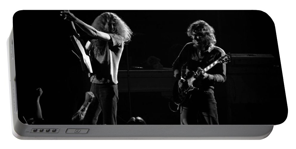 Lynyrd Skynyrd Portable Battery Charger featuring the photograph Ls Spo #18 by Ben Upham