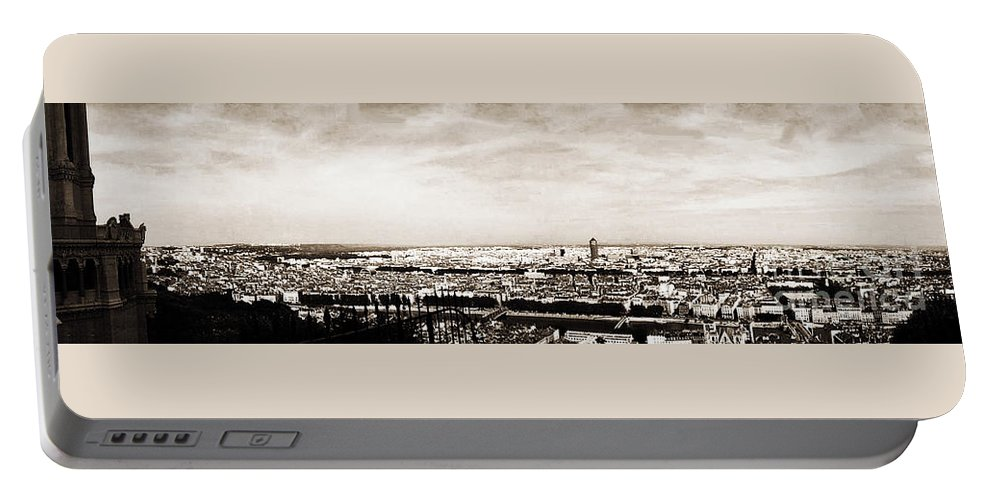 Lyon Portable Battery Charger featuring the photograph Lyon From The Basilique De Fourviere by Paulette B Wright